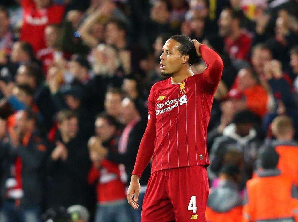 Lini Belakang Kendur, Liverpool Dilarang Panik