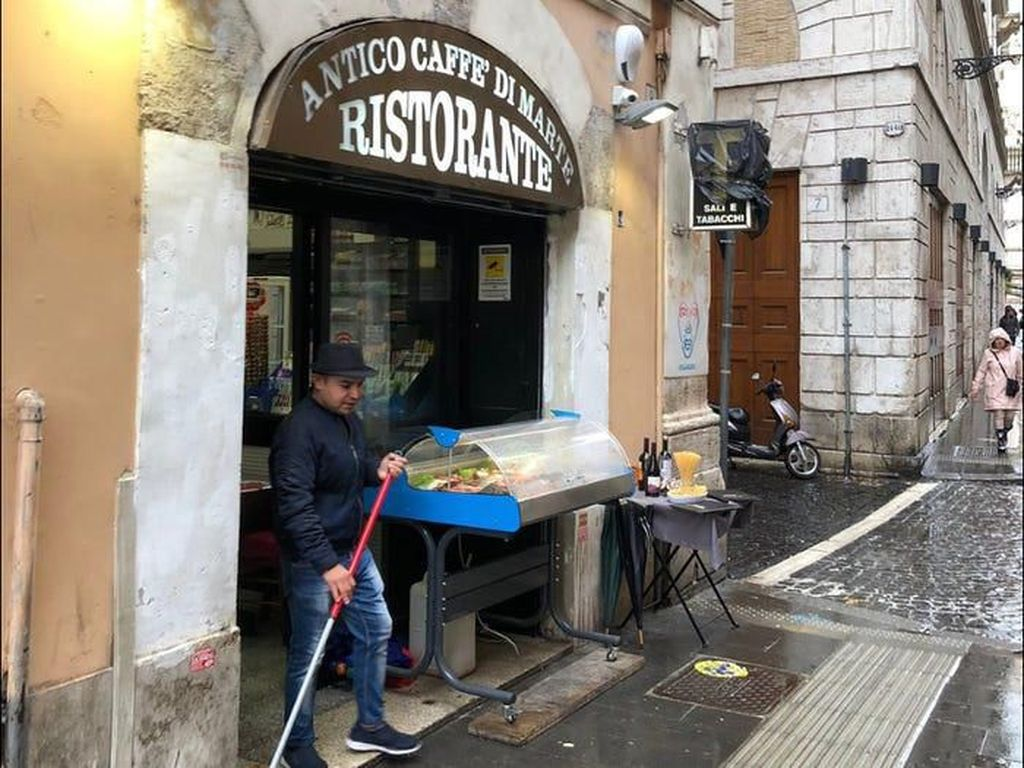 Usai Ketok Harga Makanan pada Turis, Restoran Ini Dibanjiri Protes