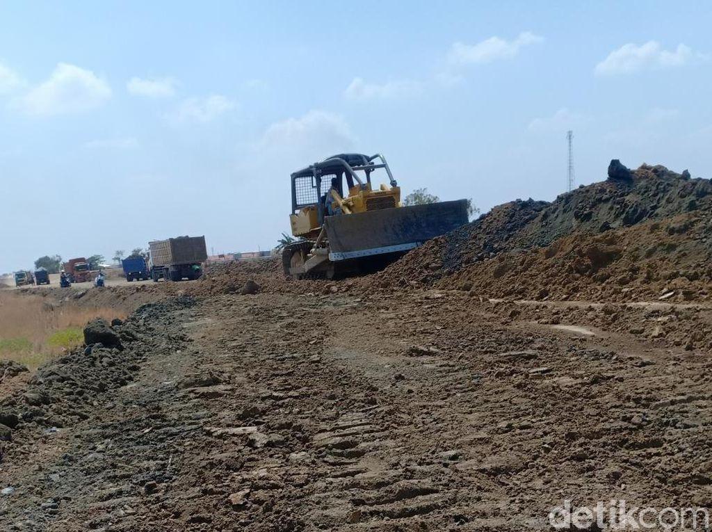 Proyek Pabrik Rusak Irigasi, 110 Ha Lahan Sawah di Brebes Kekeringan