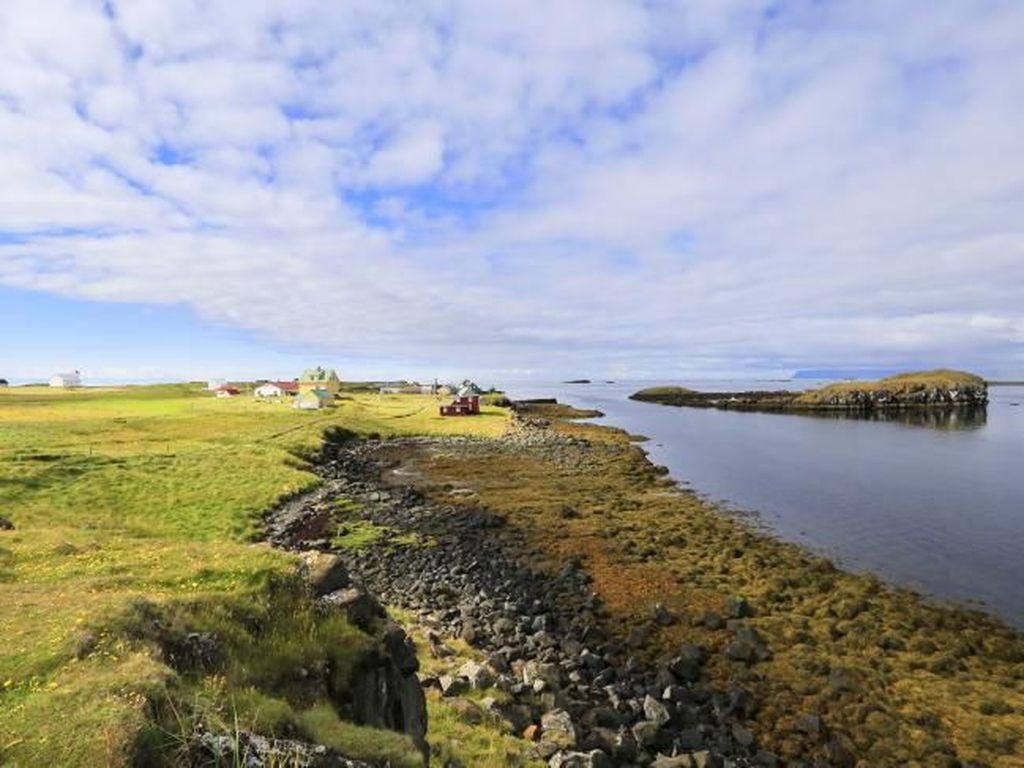 Pulau Terbaik Dunia Cuma Punya Enam Orang Penduduk