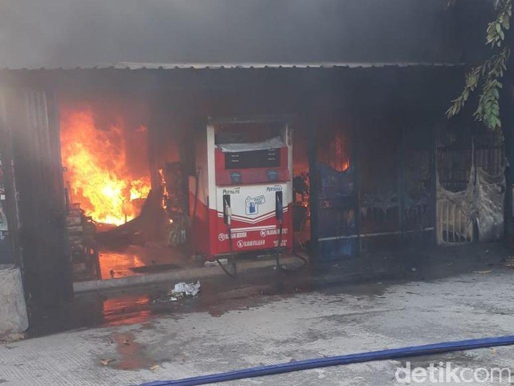 Satu Warga Terluka Akibat Kebakaran Rumah di Demak