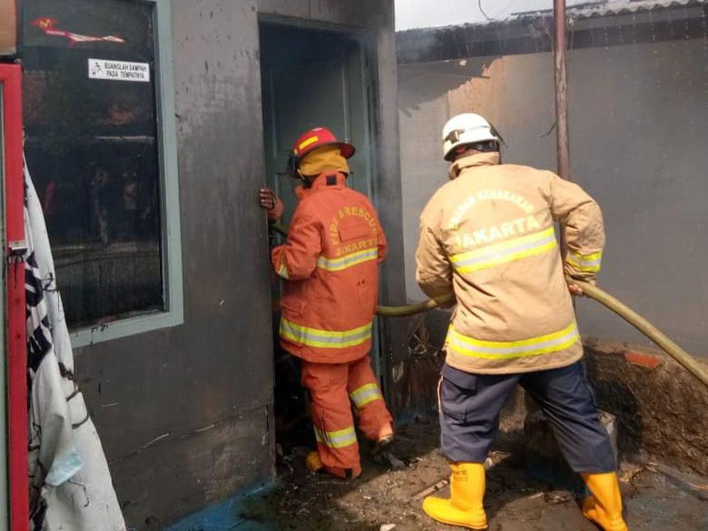 Ruang Tunggu Rutan Pondok Bambu Terbakar, Diduga Akibat Korsleting