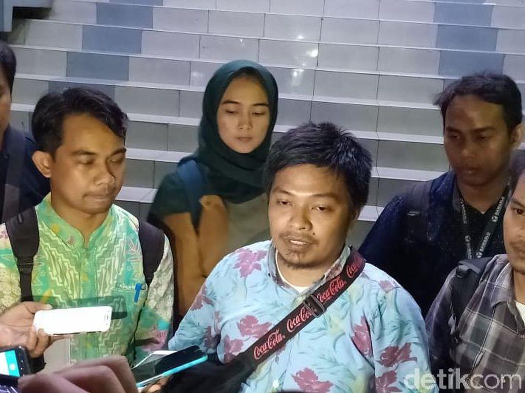 Diintimidasi Aparat Saat Liput Demo DPR, 2 Jurnalis Lapor ke Polda Metro