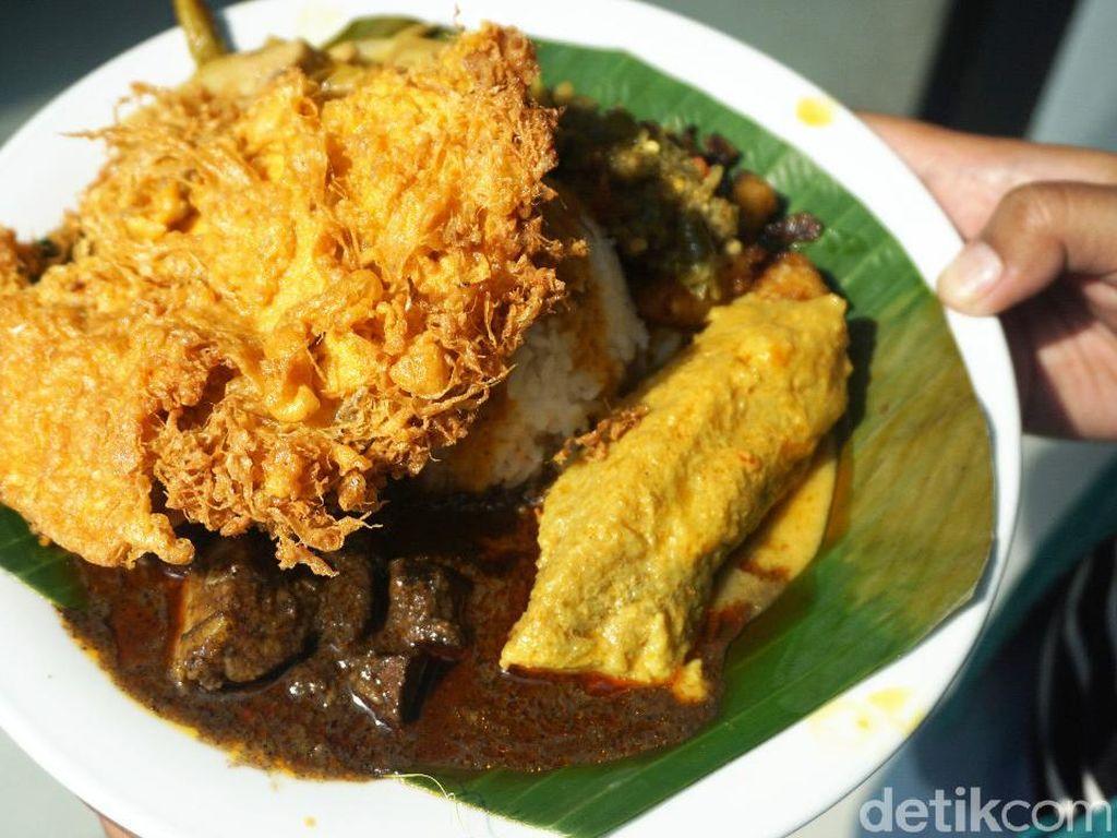 Nasi Kapau Juragan: Lamaknyo! Gulai Tambusu Plus Talua Barendo yang Renyah