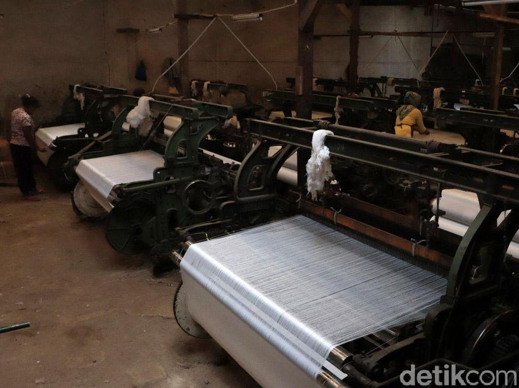 Industri Tekstil Dibayang-bayangi Hantu PHK