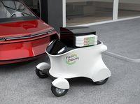 China dan Jepang Punya Robot Canggih untuk Kirim Makanan yang Bisa Naik Tangga