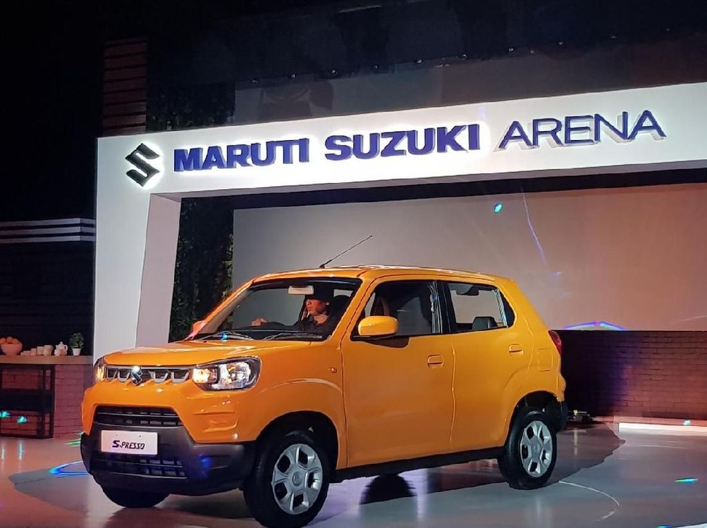 Mobil Termurah Suzuki sampai Emak-emak Ngebut Masuk Tol