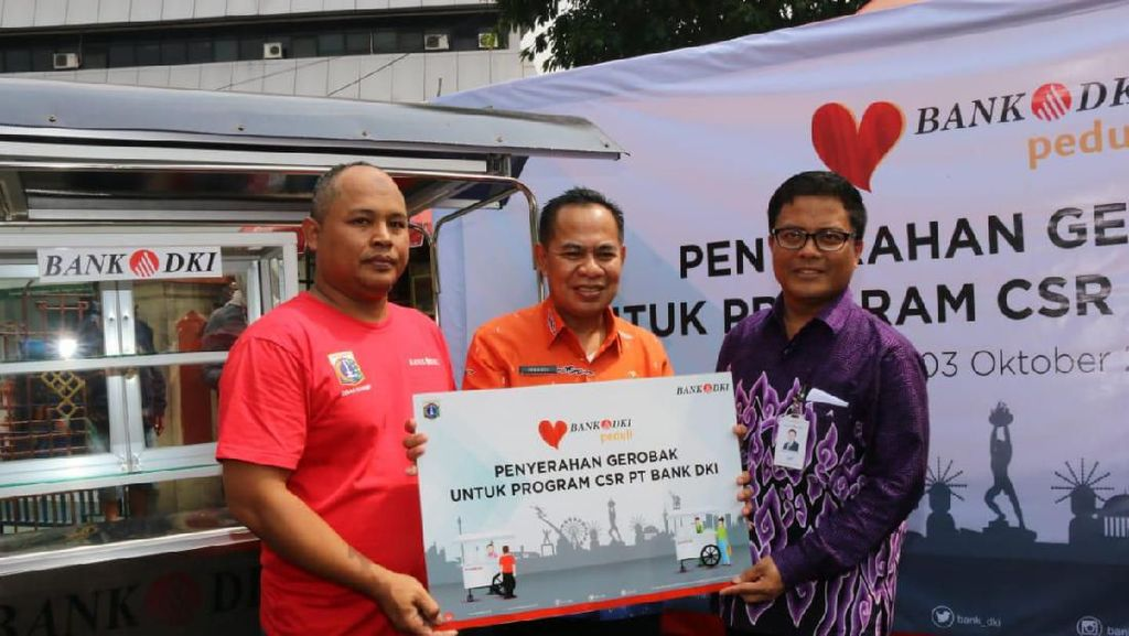 Bantu Majukan UMKM di Masjid Sunda Kelapa