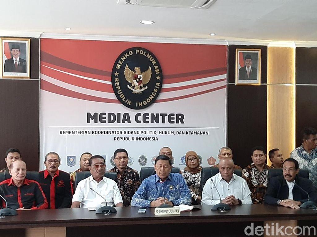 Wiranto Minta Pemda Sosialisasi agar Korban Gempa Ambon Kembali ke Rumah