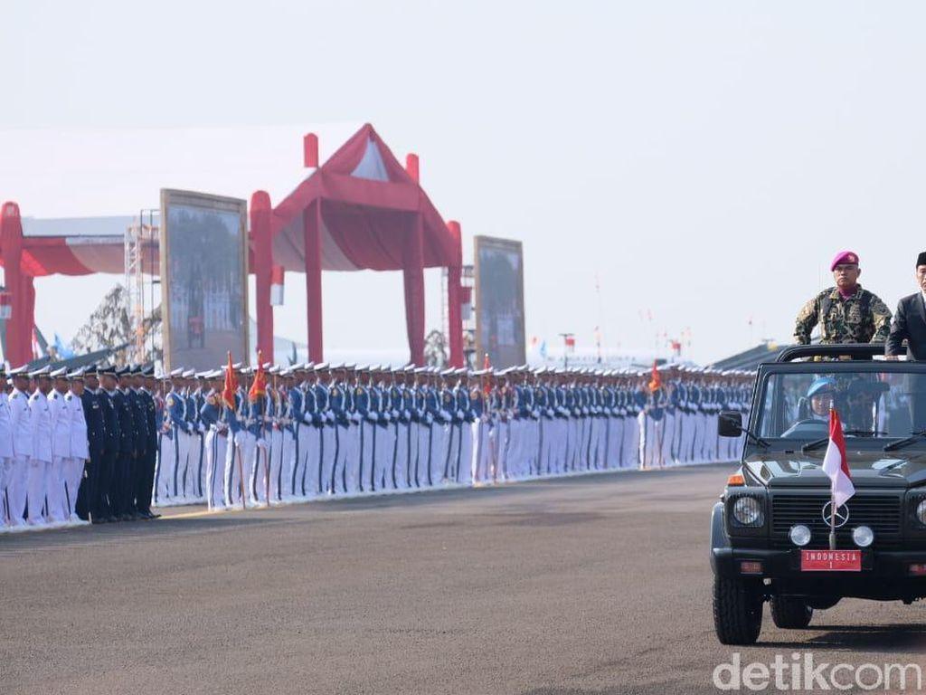Janji Jokowi di HUT TNI: Prajurit Disejahterakan, Pati Dapat Jabatan