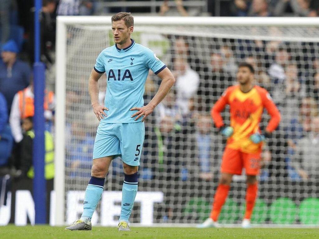 Lloris Cedera Horor, Tottenham Dibungkam Brighton 0-3