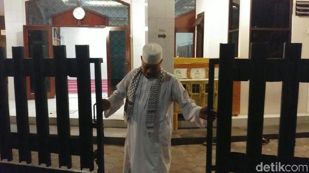 dkm-masjid-al-falah-kami-selamatkan-ninoy-karundeng-bukan-menyekap