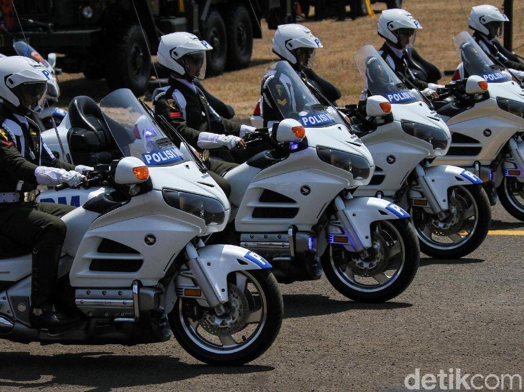 Kawasaki KLX hingga Honda Gold Wing Ikut Ramaikan HUT TNI