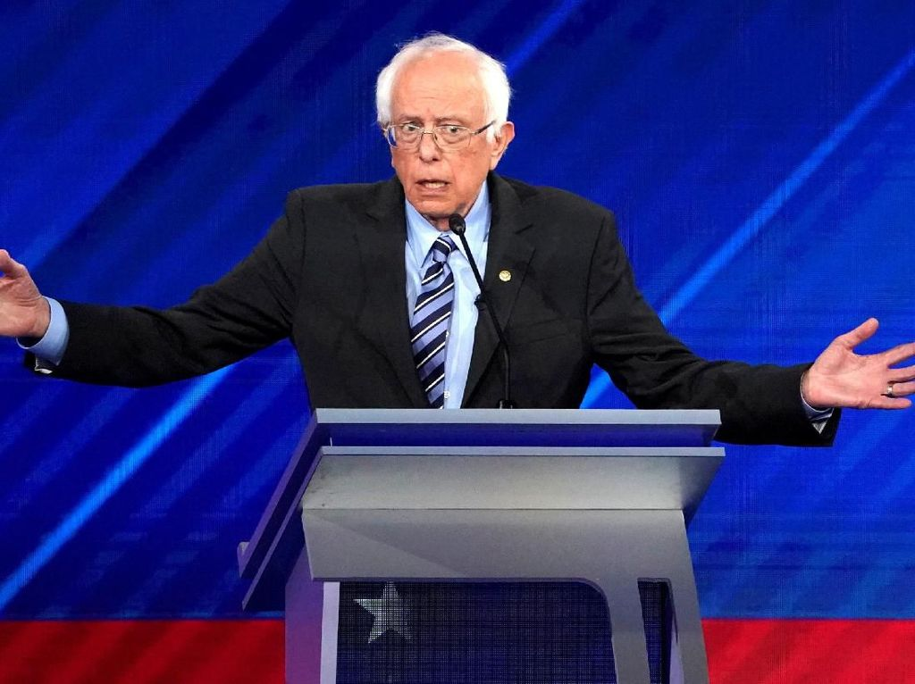 Senator Senior AS Bernie Sanders Alami Serangan Jantung
