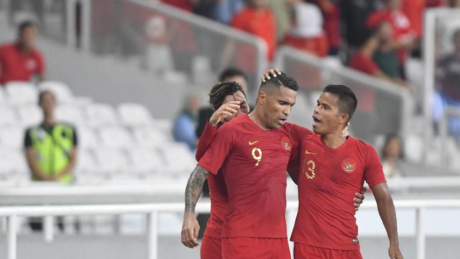 Uni Emirat Arab vs Indonesia menjadi misi berat Alberto Goncalves cs untuk mendulang poin. (Foto: M Risyal Hidayat/Antara)