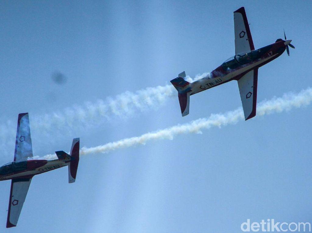 Pesan Menyentuh Selamat Lebaran Tim Aerobatik TNI AU dari Langit RI
