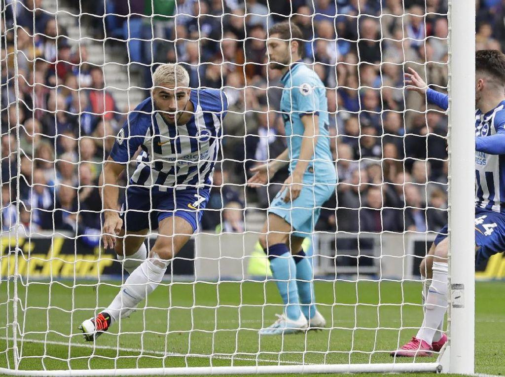 Lloris Cedera, Tottenham Tertinggal 0-2 dari Brighton di Babak Pertama