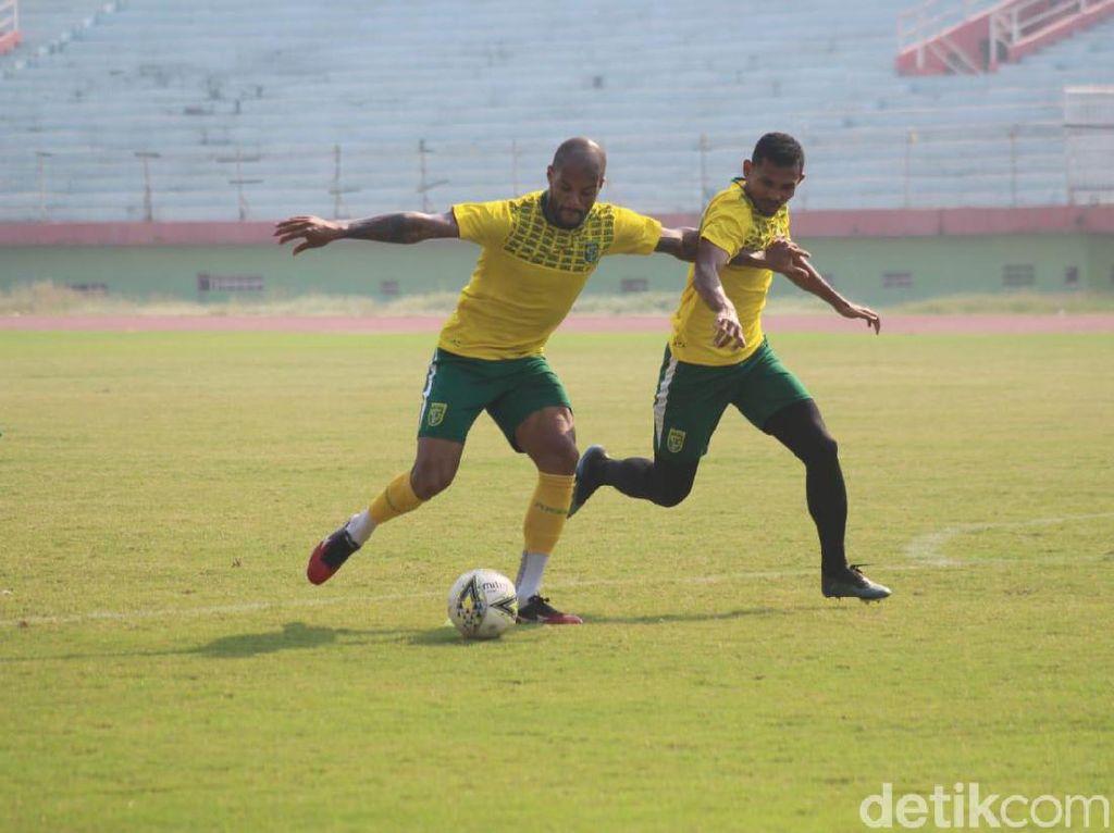 Jelang Hadapi Borneo FC, Persebaya Lipat Gandakan Latihan