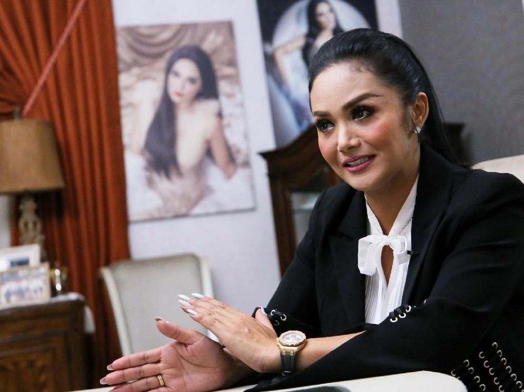 Krisdayanti Jadi Bagian dari Artis Perempuan di Parlemen
