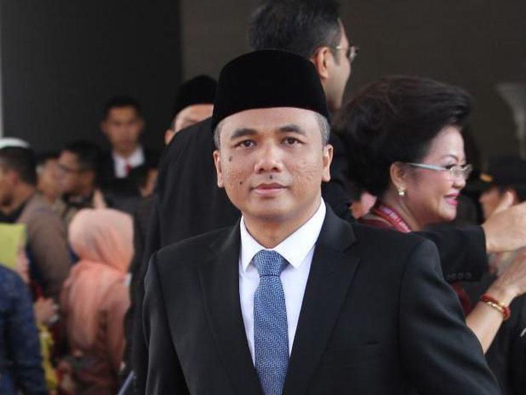 Pimpinan Komisi II Minta Seskab Audit Stafsus Presiden Andi Taufan