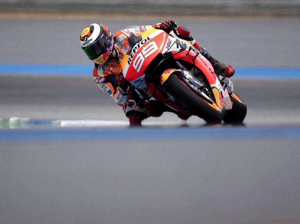 Marquez Bisa Cemerlang di MotoGP Thailand, Kenapa Lorenzo Tidak?