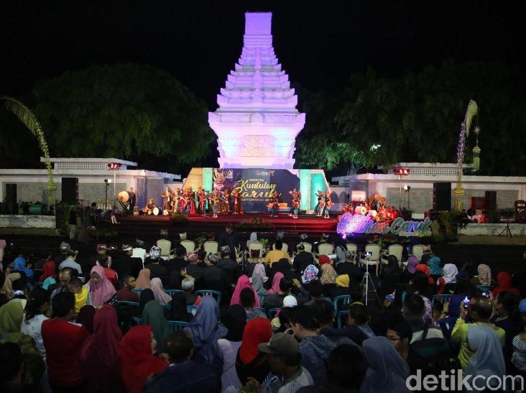 Tabuhan Alat Musik Hadrah Meriahkan Festival Kuntulan Caruk Banyuwangi