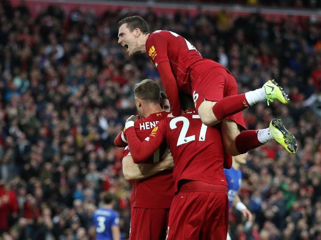 Liverpool Tak Akan Anggap MU Sedang Merana