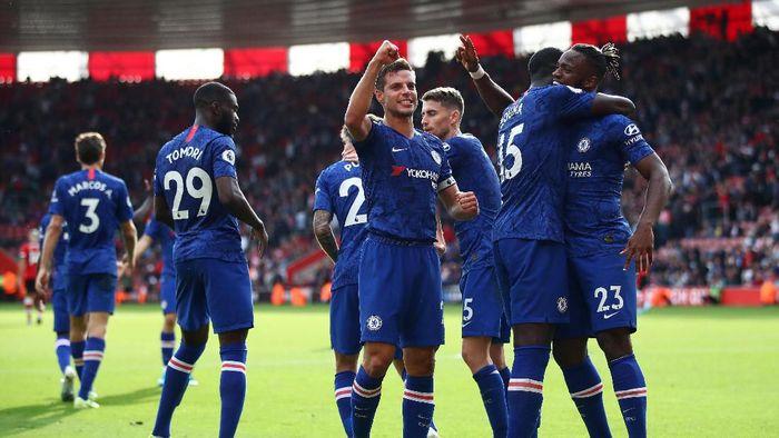 Chelsea akan tandang ke markas Watford di Liga Inggris (Foto: Julian Finney/Getty Images)
