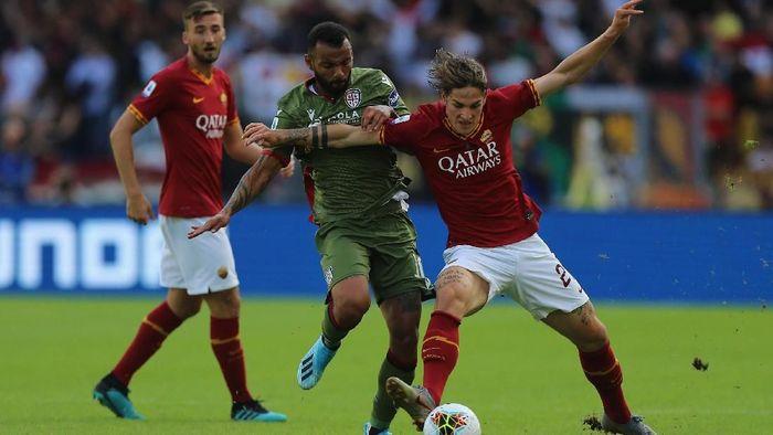 AS Roma diimbangi Cagliari 1-1 di Liga Italia (Foto: Paolo Bruno/Getty Images)