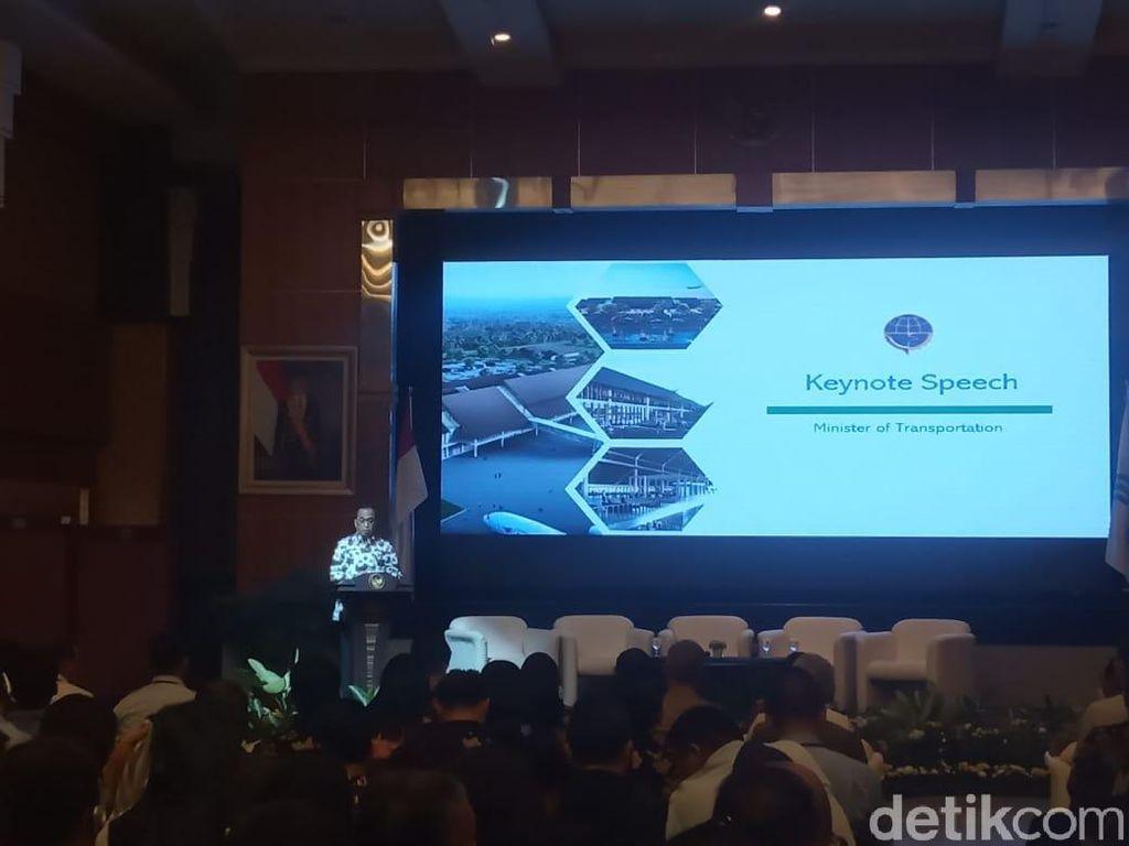 Menhub dan Kepala BKPM Ajak Investor Garap Bandara Singkawang