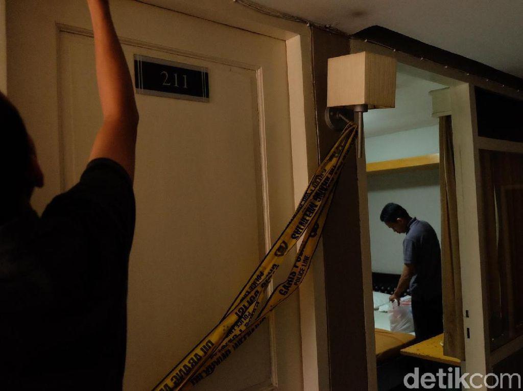 Wanita Bugil Dibunuh dalam Kamar Hotel di Karawang