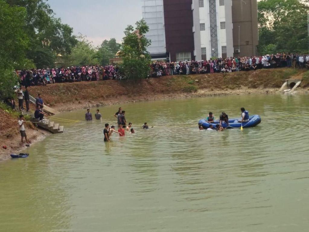 Tragis! Gara-gara Candaan Lempar Sepatu, 2 Mahasiswa Lampung Tewas Tenggelam