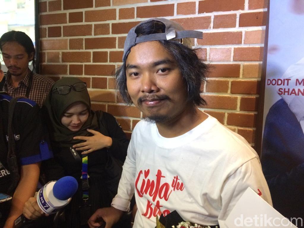 Cium Shandy Aulia, Dodit Mulyanto: Itu Keajaiban Dunia!
