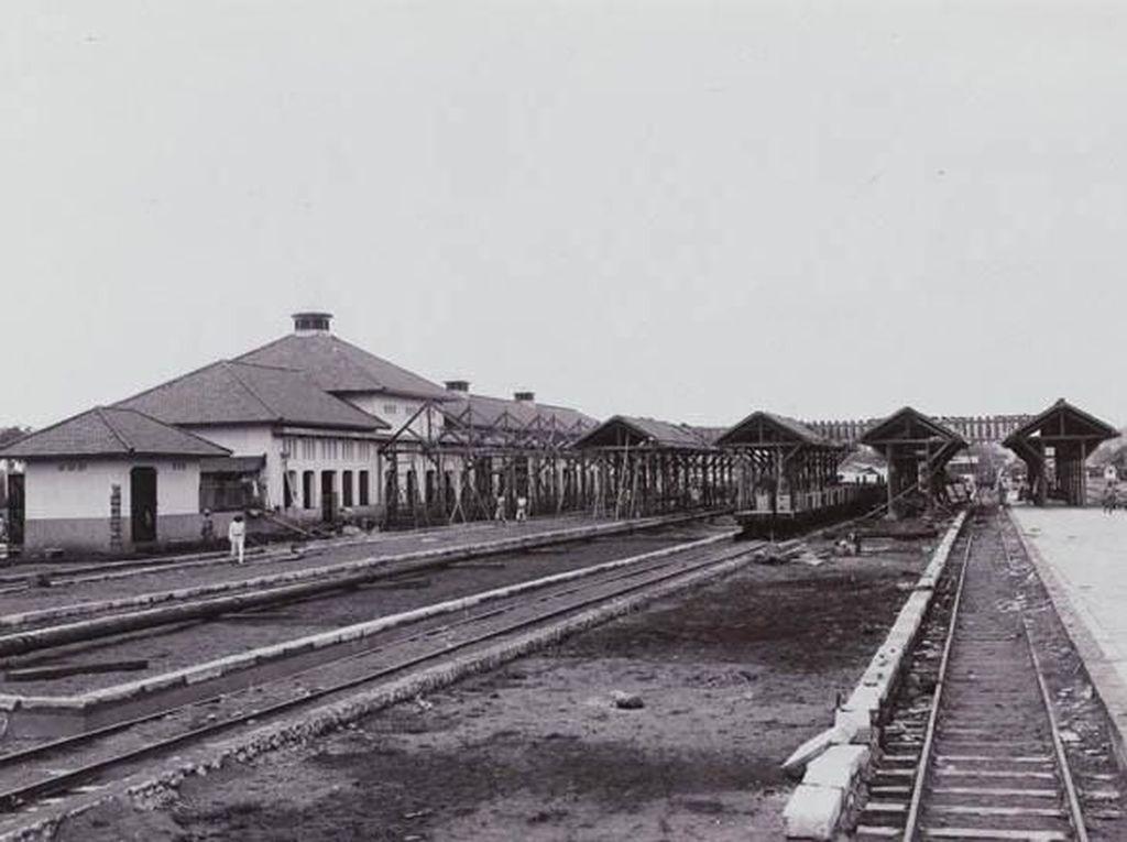 Begini Sejarah Stasiun Manggarai yang Mau Gantikan Gambir