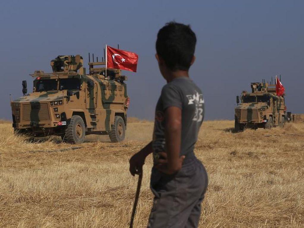 Amerika Serikat Mendadak Tarik Pasukan dari Suriah, ISIS Bangkit?