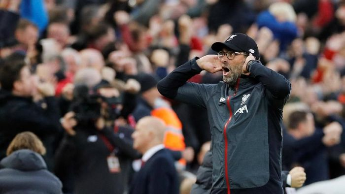 Soccer Football - Premier League - Liverpool v Leicester City - Anfield, Liverpool, Britain - October 5, 2019  Liverpool manager Juergen Klopp celebrates after James Milner scores their second goal  REUTERS/Phil Noble  EDITORIAL USE ONLY. No use with unauthorized audio, video, data, fixture lists, club/league logos or