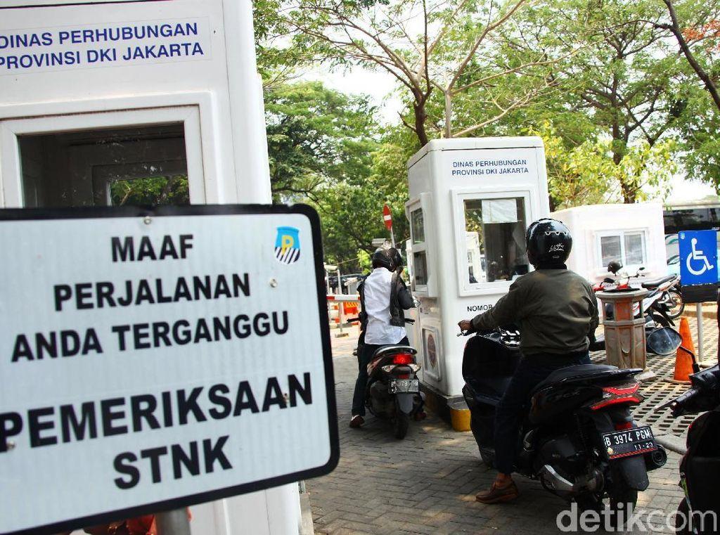 Pernah 10 Perak/Jam, Ini Tarif Parkir Jakarta dari Waktu ke Waktu