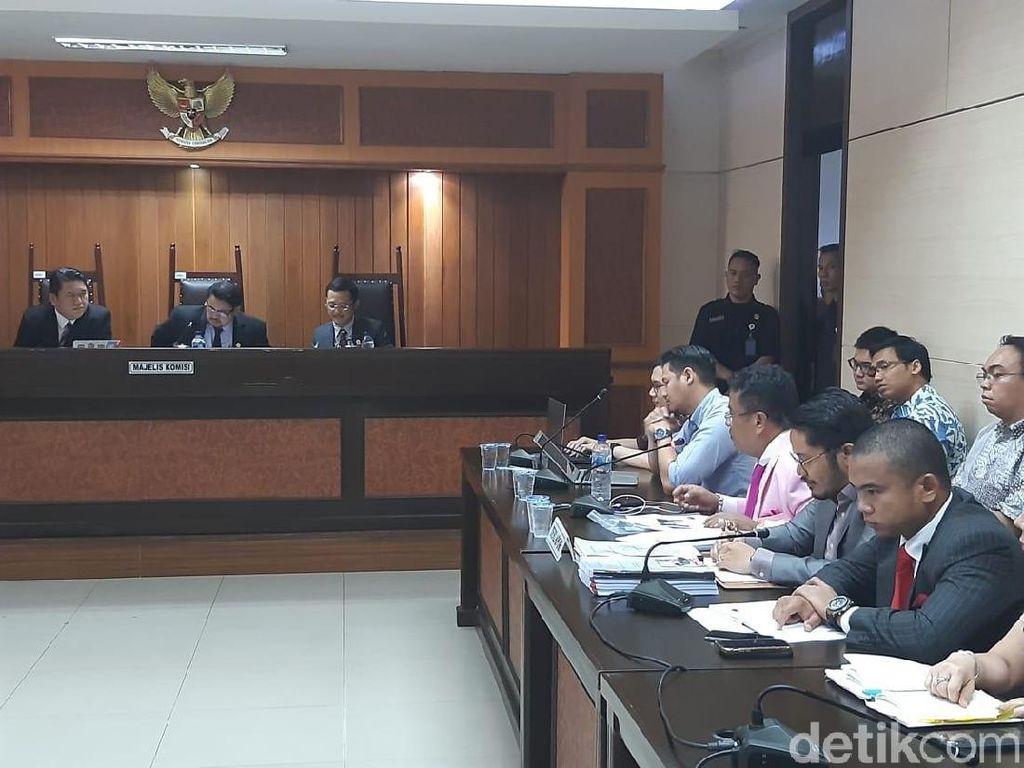 Bela Grab di Sidang KPPU, Hotman Minta Anggota Majelis Diganti