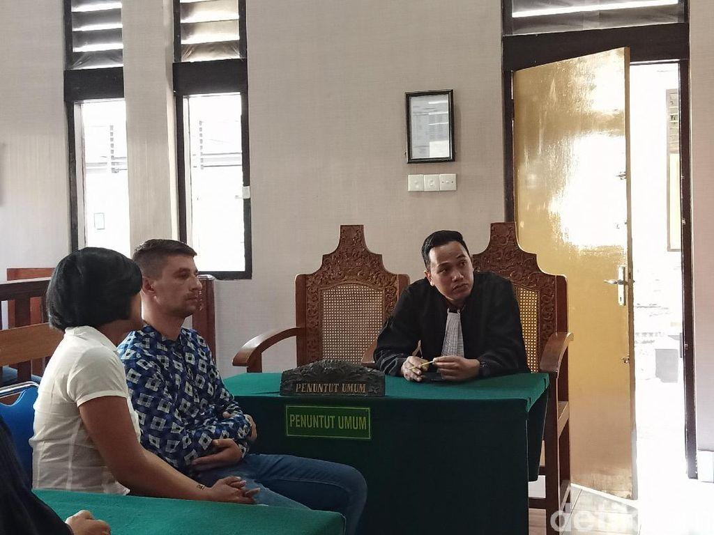 WN Rumania Pembobol ATM di Bali Divonis 8 Bulan Bui