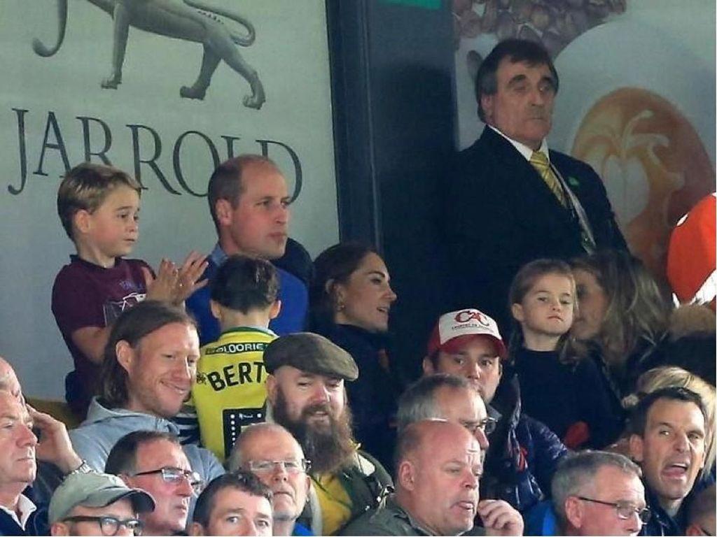 Aston Villa W88 Menang 5-1 dari Norwich City, Pangeran George Girang