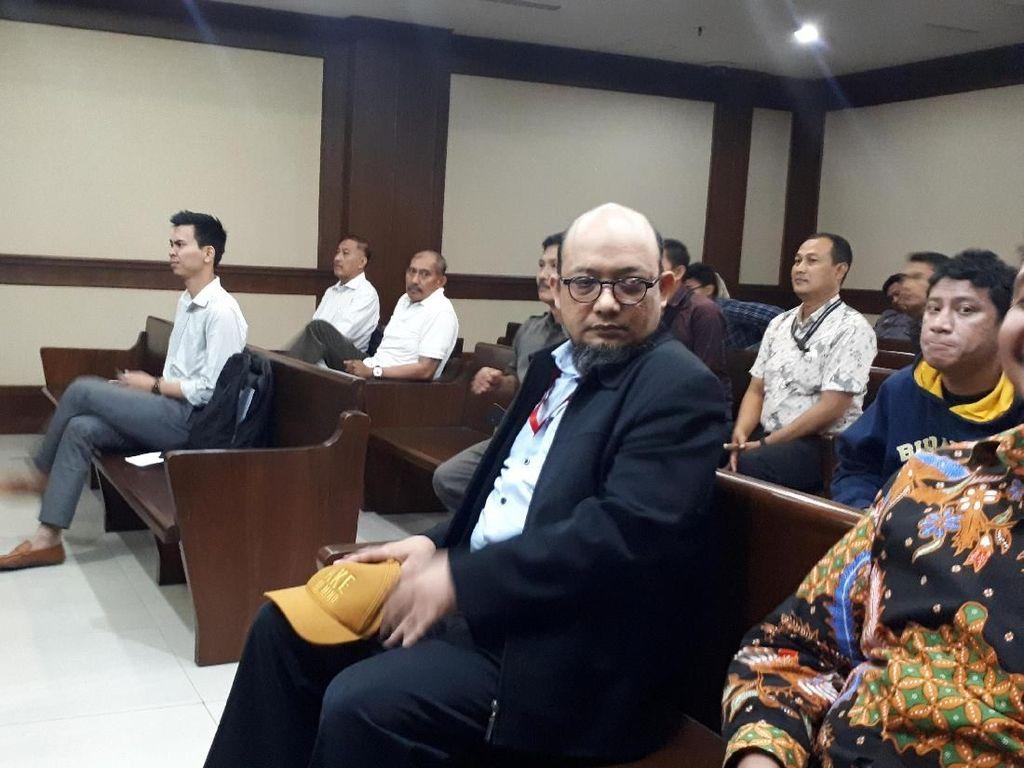 Bantah Anies Berkasus, Novel Singgung Jokowi Diadukan ke KPK soal TransJ