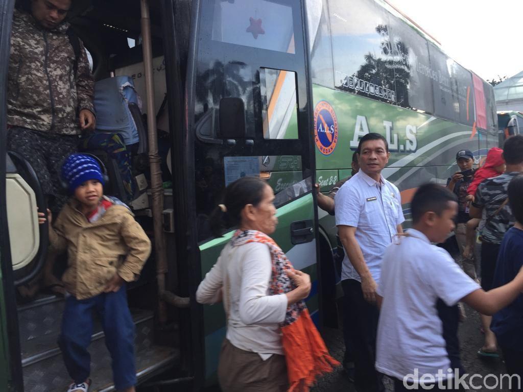 36 Warga Sumut yang Eksodus dari Wamena Tiba di Medan