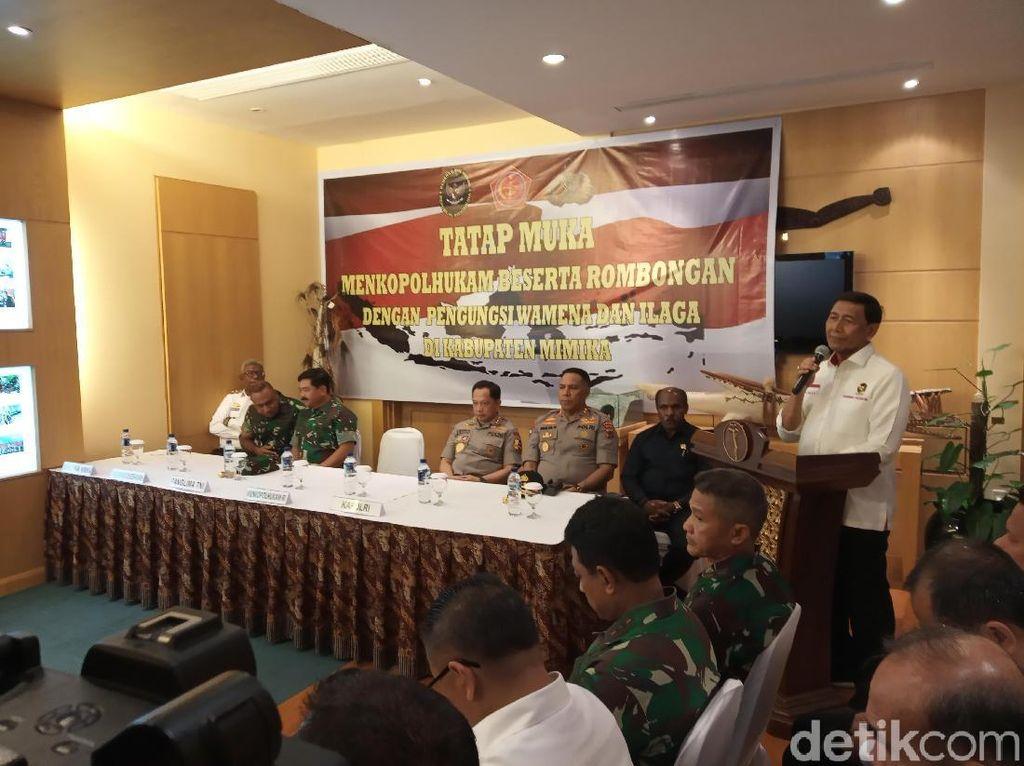 Kunjungi Pengungsi Ricuh Wamena, Wiranto: Kami Datang atas Perintah Presiden