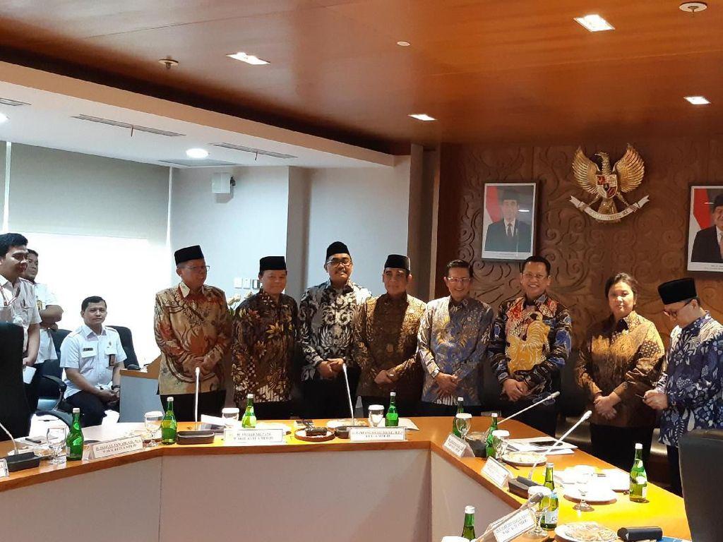 Rapat Perdana, Pimpinan MPR Bahas Pembagian Tugas
