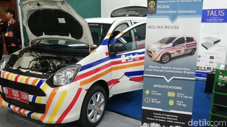 Daihatsu Ayla yang diubah menjadi mobil listrik oleh UI Foto: Rizki Pratama