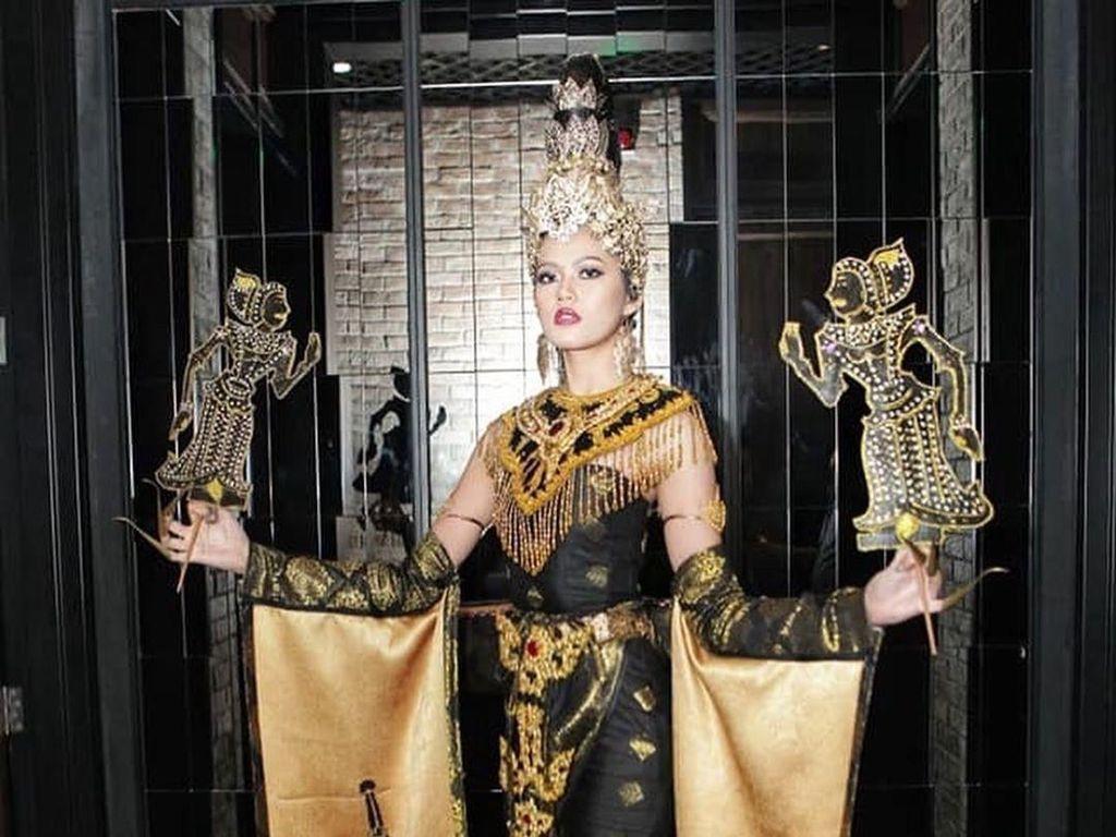 Potret Miss Grand Malaysia Jadi Wayang yang Dituduh Contek Budaya Indonesia