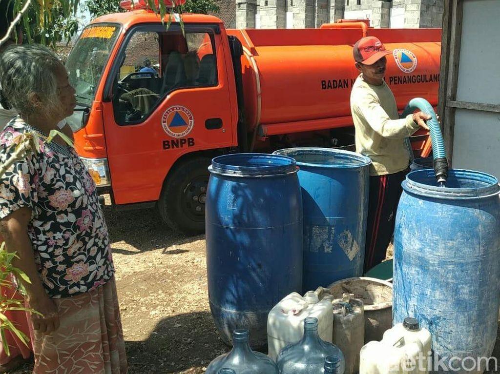 9 Desa Kekeringan, BPBD Tulungagung Distribusi Air Bersih 48 Ribu Liter/Hari