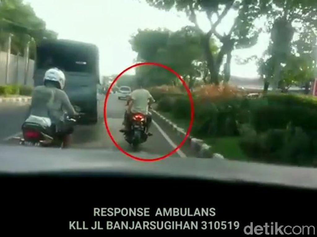 Halangi Laju Mobil PMK dan Ambulans di Surabaya, Siap-siap Aja Dipolisikan