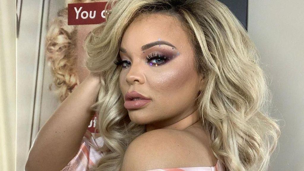 Foto: Youtuber Kontroversial yang Ngaku-ngaku Transgender Demi Konten