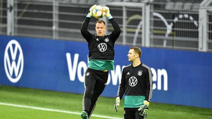 Marc-Andre ter Stegen siap menggusur Manuel Neuer sebagai kiper utama Jerman. (Foto: Martin Meissner / AP Photo)